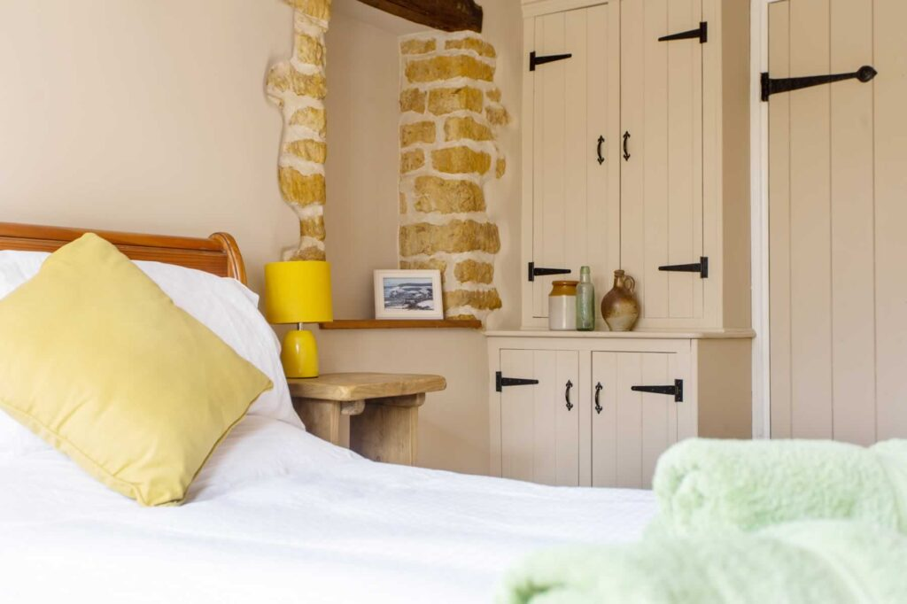 Stable Cottage Bedroom 2