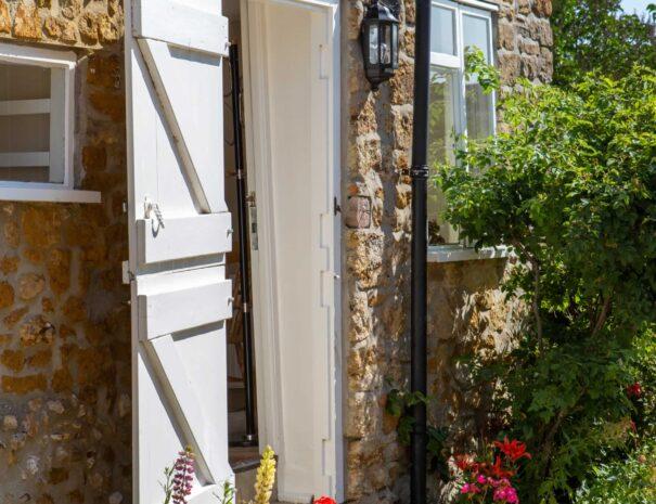 Barn Cottage Kitchen Access